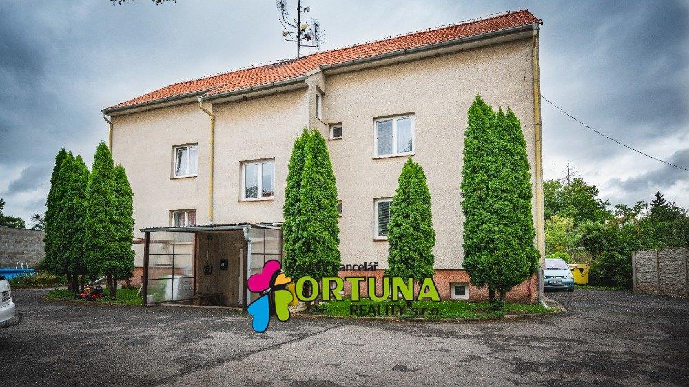Prodej bytu 3+1 s lodžií, Lstiboř - Klučov