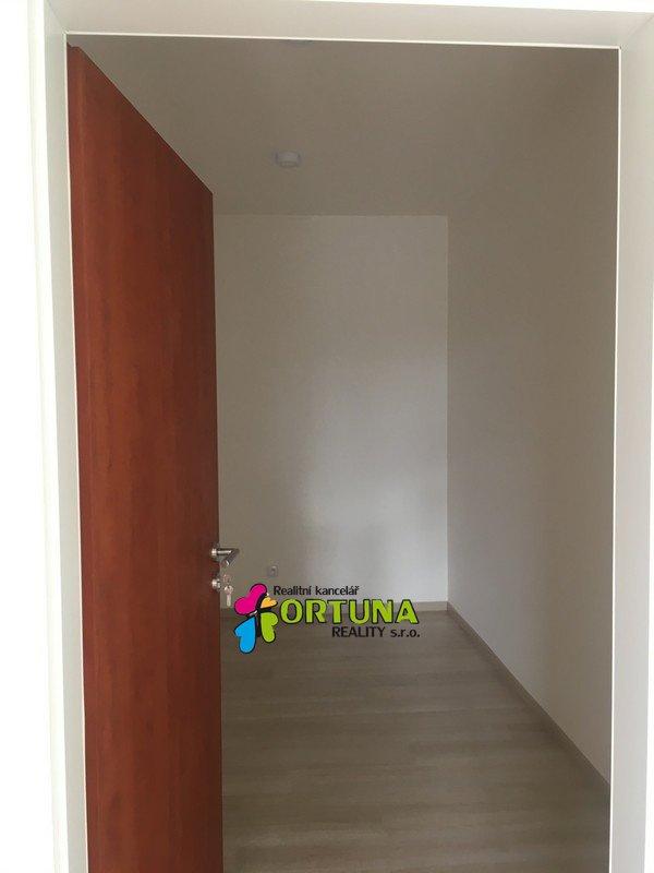 Pronájem bytu 2kk s lodžií sídliště Vltava