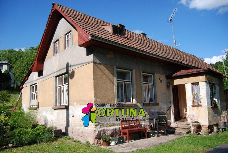 Prodej domu 3+1 s velkým pozemkem, Holenice u Turnova